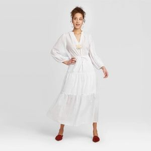 NWT Long White tiered dress Sz Large